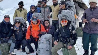 Photo of نیپالی کوہ پیماؤں نے تاریخ میں پہلی بار موسم سرما میں K2 سر کر لی