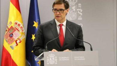 Photo of سپین کے وزیر صحت نے ملک میں مکمل لاک ڈاؤن کا امکان رد کردیا